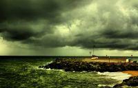 Nuves que amenazan al puerto