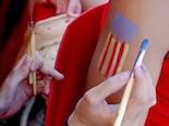 Fotiquis CanetRock 014 Les noies de Thuya pintaven estelades a l'estand d'Adolescents.cat al CanetRock