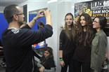 Gala final de la 1a edició de TeenStar En Quim fotografia les seves nenes...