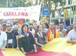La manifestació del 10-J amb ulls ripollesos Teresa Jordà i Eudald Casas. Foto: Sergi Albrich
