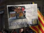 La manifestació del 10-J amb ulls ripollesos En Pop Paul ho té clar. Foto: Joan Ferrer