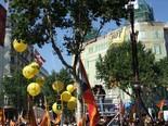 La manifestació del 10-J amb ulls ripollesos Marea humana. Foto: Joan Ferrer