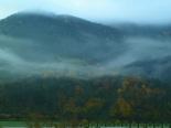 Paisatge i meteorologia de novembre al Ripollès Paisatge de boira i tardor a Ripoll (8 de novembre). Foto: Antonina Coromina