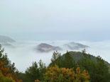 Paisatge i meteorologia de desembre al Ripollès Boira i poca neu des de serra Cavallera (19 de desembre). Foto: Antonina Coromina