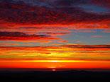 Paisatge i meteorologia de desembre al Ripollès Primera sortida de sol de l'hivern al Ripollès (22 de desembre). Foto: Antonina Coromina