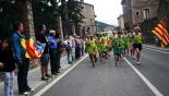El 2013, en 115 fotografies Una cadena humana independentista va rebre la Flama del Canigó a Ripoll (23 de juny). Foto: Arnau Urgell