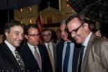 El 2013, en 115 fotografies Artur Mas, al costat de Jordi Munell, després de l'acte institucional de la Diada a Ripoll (11 de setembre). Foto: Rastres (Gerard Garcia i Raül Duque)