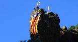 El 2013, en 115 fotografies Desplegament d'una estelada gegant a Ribes de Freser en motiu de la Hispanitat (12 d'octubre). Foto: Josep Manuel Mercader/Meteoribes