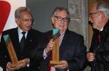 El 2013, en 115 fotografies Xavier Anton i Florenci Crivillé reben les primeres distincions Guifré de Ripoll (1 de desembre). Foto: Arnau Urgell