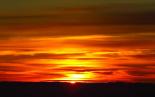 Paisatge i meteorologia de gener al Ripollès Primera sortida de sol el 2014 des de serra Cavallera (1 de gener). Foto: Antonina Coromina
