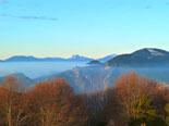 Paisatge i meteorologia de gener al Ripollès La serra de Montgrony i el Pedraforca, des de la serra Cavallera (11 de gener). Foto: Antonina Coromina