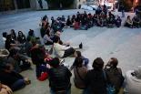 #acampadaripoll Concentració nit 20 de maig
