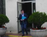 Constitució dels ajuntaments del Ripollès Joan Manso sortint de l'Ajuntament de Campdevànol per primera vegada com a alcalde. Foto: CiU Campdevànol