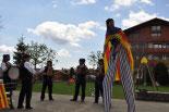 Consultes sobre la independència del 25 d'abril Els acordionistes a Molló