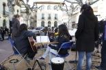 Consultes del 28F Les Anhels van actuar a la plaça Anselm Clavé