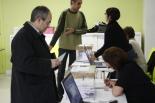 Consultes del 28F El regidor d'ICV Ferran Martínez, a punt de votar
