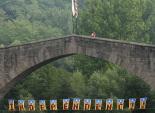 Diada Nacional: estelades al Ripollès Pont Vell de Sant Joan. Foto: Arnau Urgell