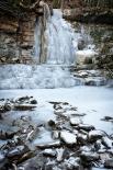 L'espectacle del gel El torrent de la Masica de Vallfogona ben glaçat. Foto: Rastres (Gerard Garcia i Raül Duque)