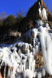 L'espectacle del gel La font de la Tosca de Vallfogona ben glaçada. Foto: Pau Munell Sànchez