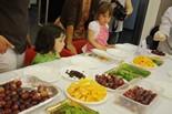 Taller sobre fruites del Menjar en família