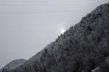 Nevada del 28 i 29 de gener El sol intenta sortir a Ripoll aquest dilluns. Foto: Mercè Mauri
