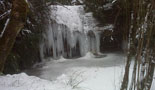 Nevada del 28 i 29 de gener El torrent de la Masica de Vallfogona nevat i gelat. Foto: Ajuntament de Vallfogona