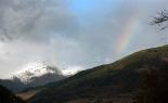 Primera gran nevada a les muntanyes El Torreneules i un arc de Sant Martí. Foto: Laia Deler