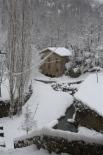 Nevada del 7 i el 8 de març El Molí Petit de Sant Joan ben blanc (15:00). Foto: Steve Cedar