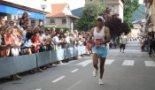 El 2009 al Ripollès, en 100 imatges Hammou Orrous repeteix victòria a la cursa del Comte Arnau (Campdevànol, 6 de juny) Foto: Arnau Urgell