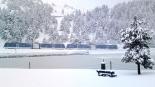 El 2012 al Ripollès, en 125 imatges El cremallera arribant a Núria ben blanc per una nevada ben entrat el març. Foto: Vall de Núria