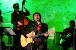 El 2012 al Ripollès, en 125 imatges Concert de Roger Mas en el cicle del Comte Arnau de Sant Joan. Foto: Rastres (Gerard Garcia i Raül Duque)