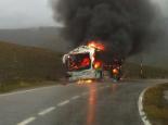 El 2012 al Ripollès, en 125 imatges Crema un autocar de jubilats sense provocar víctimes al pla d'Anyella. Foto: Òscar Gómez