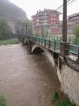 Temporal de pluja del 10 d'octubre El Ter just abans de l'aiguabarreig de Ripoll. Foto: Dani Vilaseca