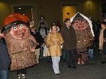 Cercavila amb el tió i la soca i encesa dels llums de Nadal a Ripoll