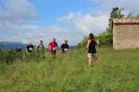 I Cursa de les Quatre Ermites de Ripoll Un grup de corredors, al seu pas per Sant Roc. Foto: B&B Sports