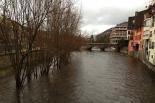 Temporal de pluja 4-6 de març El Ter ben ple al seu pas per Ripoll. Foto: Arnau Urgell