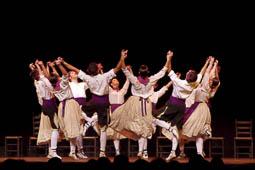 Espectacle «SOMDANSA, un país de festa» de l'Esbart Dansaire de Mollet