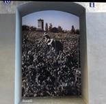 Vinils d'imatges antigues al carrer Sobrerroca