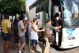 Manifestació 10-J: les fotos dels ciutadans Un autocar a Alcanar. Foto: ACN