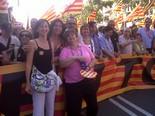 Manifestació 10-J: les fotos dels ciutadans Pancarta del PSC amb Núria López (presidenta PSC Ripollès)