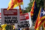 Manifestació 10-J: les fotos dels ciutadans Pancartes i estelades. Foto: ACN