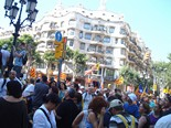Manifestació 10-J: les fotos dels ciutadans Marea humana davant la pedrera. Foto: Meritxell Matas