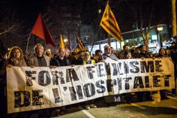 Les millors fotos de la setmana de Nació Digital  Mig miler de persones es manifesten contra Pegida a l'Hospitalet de Llobregat.  Foto: Jordi Borràs