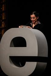 Premis Enderrock 2015 Sílvia Pérez Cruz recollint el guardó a Millor disc de cançó d'autor