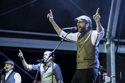 Les millors fotos de la setmana de Nació Digital   Concert de Juan Luis Guerra al Festival Internacional Música de Cambrils. </br> Foto: Joaquim Bartolomé