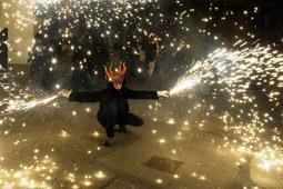 Les millors fotos de la setmana de Nació Digital Correfoc de la Festa Major de Vacarisses </br> Foto: Marta Masera