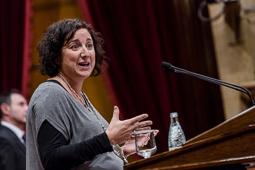 Primer ple del Parlament de la presidència de Carles Puigdemont