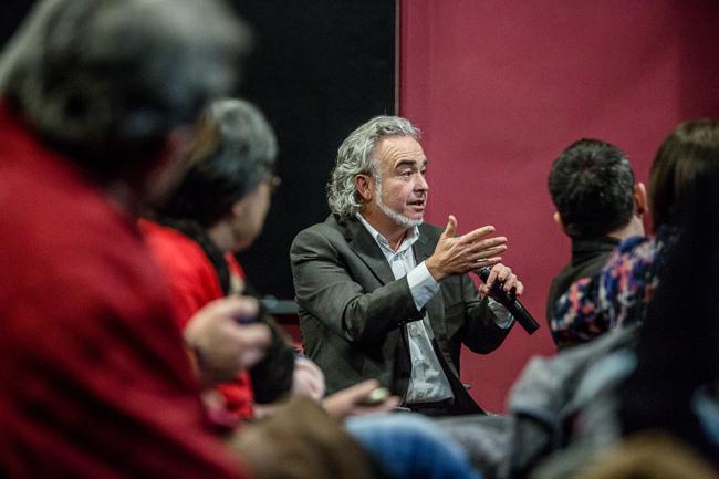Debat sobre pobresa energètica a la Farinera