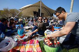 Les millors fotos de la setmana de Nació Digital <a href='http://www.naciodigital.cat/naciofotos/galeria/14219/pagina1/picnic/jazz/terrassa/2016'>El Pícnic Jazz de Terrassa torna a ser un èxit de públic.</a>. </br> Foto: Cristóbal Castro
