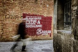 Les millors fotos de la setmana de Nació Digital <a href='http://www.naciodigital.cat/bergueda/noticia/5528/grafits/parets/berga/es/reivindiquen'>Diverses pintades i missatges omplen els carrers de la capital berguedana.</a></br> Foto: Josep M. Montaner